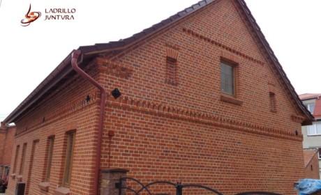 Renowacja budynku w Prabutach