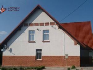 Renowacja cegieł oraz nowe tynki – Mazury