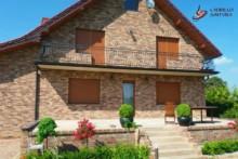 Spoinowanie ceglanego domu